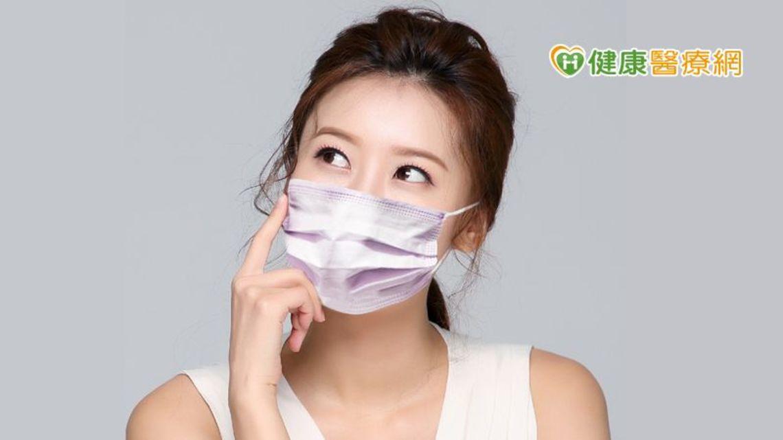 受到疫情的影響,口罩儼然已成為民眾出門的必備單品