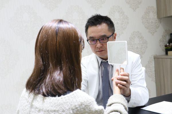 黃仁吳醫師諮詢玻尿酸蘋果肌、玻尿酸下巴